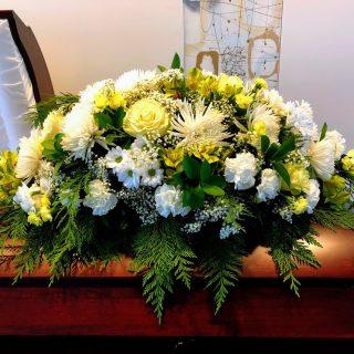 hommage-coussins-de-cercueil